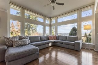 """Photo 1: 20 181 RAVINE Drive in Port Moody: Heritage Mountain Townhouse for sale in """"The Viewpoint"""" : MLS®# R2568022"""