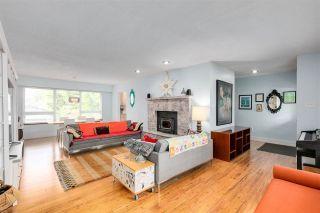Photo 4: 13870 BLACKBURN Avenue: White Rock House for sale (South Surrey White Rock)  : MLS®# R2592352