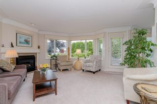 Photo 5: 112 55 Songhees Rd in : VW Songhees Condo for sale (Victoria West)  : MLS®# 876548