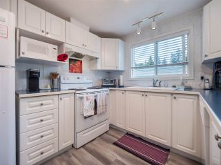 Photo 3: 27 5575 MASON Road in Sechelt: Sechelt District Manufactured Home for sale (Sunshine Coast)  : MLS®# R2532153