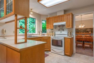 """Photo 14: 4722 UNDERWOOD Avenue in North Vancouver: Lynn Valley House for sale in """"Timber Ridge"""" : MLS®# R2401489"""