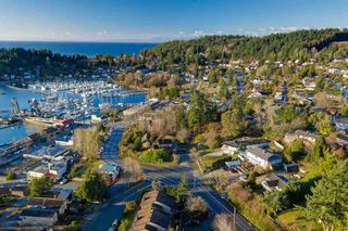 Photo 4: 539 GIBSONS Way in Gibsons: Gibsons & Area Land Commercial for sale (Sunshine Coast)  : MLS®# C8038173