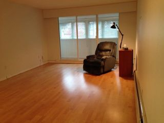 """Photo 3: 102 1320 FIR Street: White Rock Condo for sale in """"The Willows"""" (South Surrey White Rock)  : MLS®# F1426288"""