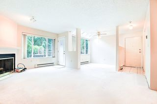 """Photo 3: 3333 MARQUETTE Crescent in Vancouver: Champlain Heights Townhouse for sale in """"CHAMPLAIN RIDGE"""" (Vancouver East)  : MLS®# R2283203"""