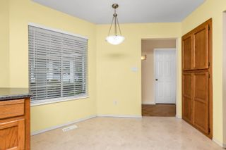 """Photo 5: 25 3055 TRAFALGAR Street in Abbotsford: Central Abbotsford Townhouse for sale in """"Glenview Meadows"""" : MLS®# R2611472"""