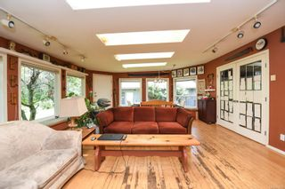 Photo 11: 3534 Royston Rd in : CV Courtenay South House for sale (Comox Valley)  : MLS®# 875936