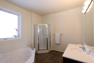 Photo 18: 23 Appletree Crescent in Winnipeg: Bridgwater Forest Residential for sale (1R)  : MLS®# 1702055