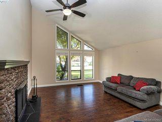 Photo 5: 819 Pepin Pl in VICTORIA: SW Northridge House for sale (Saanich West)  : MLS®# 828187