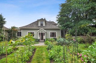 """Photo 1: 23212 88 Avenue in Langley: Fort Langley House for sale in """"Fort Langley Village"""" : MLS®# R2492264"""