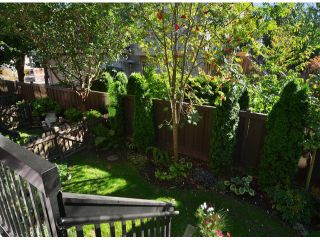 """Photo 12: 13 16772 61ST Avenue in Surrey: Cloverdale BC Townhouse for sale in """"Laredo"""" (Cloverdale)  : MLS®# F1322525"""