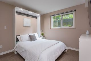 """Photo 27: 1585 BOWSER Avenue in North Vancouver: Norgate Townhouse for sale in """"Illahee"""" : MLS®# R2465696"""