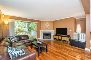 """Photo 7: 9279 GOLDHURST Terrace in Burnaby: Forest Hills BN Townhouse for sale in """"Copper Hill"""" (Burnaby North)  : MLS®# R2466536"""
