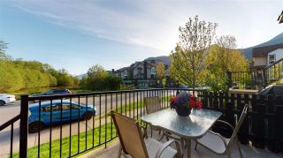 """Photo 6: 4 1261 MAIN Street in Squamish: Downtown SQ Townhouse for sale in """"SKYE - COASTAL VILLAGE"""" : MLS®# R2457475"""
