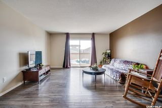 Photo 5: 140 Guenther Crescent in Warman: Residential for sale : MLS®# SK863292