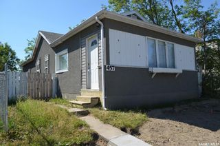 Photo 1: 457 12th Street East in Prince Albert: Midtown Residential for sale : MLS®# SK865490