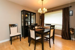 Photo 4: 15730 89A Avenue in Surrey: Fleetwood Tynehead House for sale : MLS®# R2329099