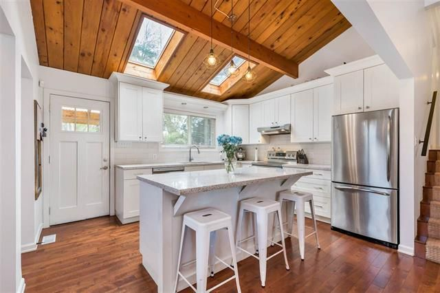 FEATURED LISTING: 20630 44a Avenue Langley