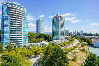 "Photo 13: 805 6622 SOUTHOAKS Crescent in Burnaby: Highgate Condo for sale in ""The Gibraltar"" (Burnaby South)  : MLS®# R2488698"