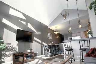 Photo 17: 19 117 Rockyledge View NW in Calgary: Rocky Ridge Row/Townhouse for sale : MLS®# A1061525