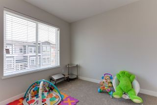 """Photo 18: 28 8370 202B Street in Langley: Willoughby Heights Townhouse for sale in """"KENSINGTON LOFTS"""" : MLS®# R2546276"""