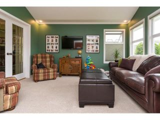 Photo 11: 5383 Westminster Avenue in Ladner: Home for sale : MLS®# R2079910