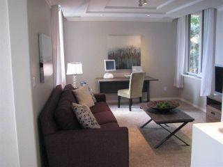 Photo 18: 201 15050 PROSPECT Avenue: White Rock Condo for sale (South Surrey White Rock)  : MLS®# R2135776