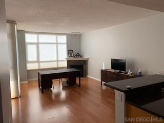 Photo 4: DOWNTOWN Condo for sale : 2 bedrooms : 850 Beech Street #907 in San Diego