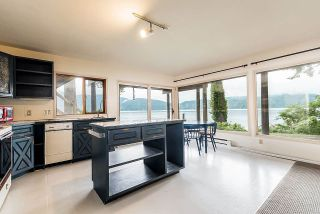 Photo 17: 5451 INDIAN RIVER Drive in North Vancouver: Woodlands-Sunshine-Cascade House for sale : MLS®# R2499054