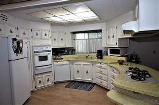 Photo 5: CARLSBAD WEST Mobile Home for sale : 2 bedrooms : 7208 San Luis #162 in Carlsbad