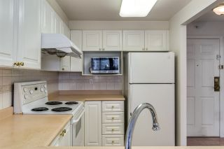 """Photo 13: 1006 3070 GUILDFORD Way in Coquitlam: North Coquitlam Condo for sale in """"LAKESIDE TERRACE"""" : MLS®# R2544997"""