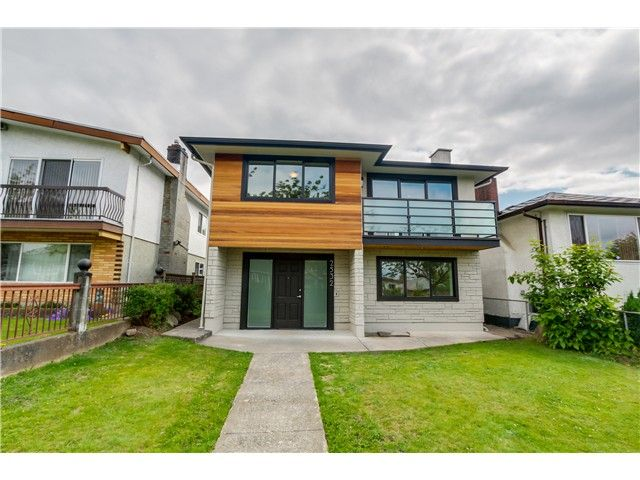 Main Photo: 2532 E 24TH Avenue in Vancouver: Renfrew Heights House for sale (Vancouver East)  : MLS®# V1070941