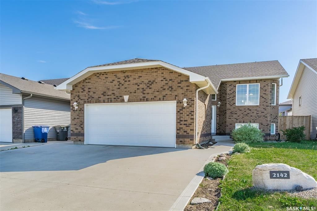 Main Photo: 2142 Rosewood Drive in Saskatoon: Rosewood Residential for sale : MLS®# SK862766