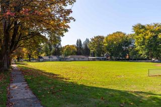 """Photo 36: 2706 W 41ST Avenue in Vancouver: Kerrisdale House for sale in """"Kerrisdale"""" (Vancouver West)  : MLS®# R2583541"""