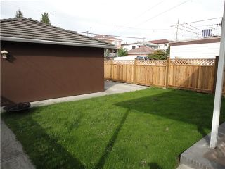 Photo 10: 2775 CHEYENNE Avenue in Vancouver: Collingwood VE House for sale (Vancouver East)  : MLS®# V833362