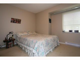 """Photo 9: 66 9229 UNIVERSITY Crescent in Burnaby: Simon Fraser Univer. Townhouse for sale in """"SERENITY"""" (Burnaby North)  : MLS®# V815319"""