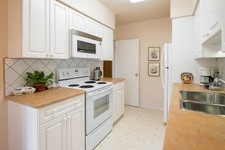 """Photo 13: 9 2296 W 39TH Avenue in Vancouver: Kerrisdale Condo for sale in """"KERRISDALE CREST"""" (Vancouver West)  : MLS®# R2620694"""