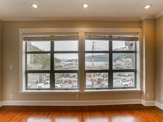 "Photo 2: 201 6688 ROYAL Avenue in West Vancouver: Horseshoe Bay WV Condo for sale in ""GALLERIES ON THE BAY"" : MLS®# R2544018"