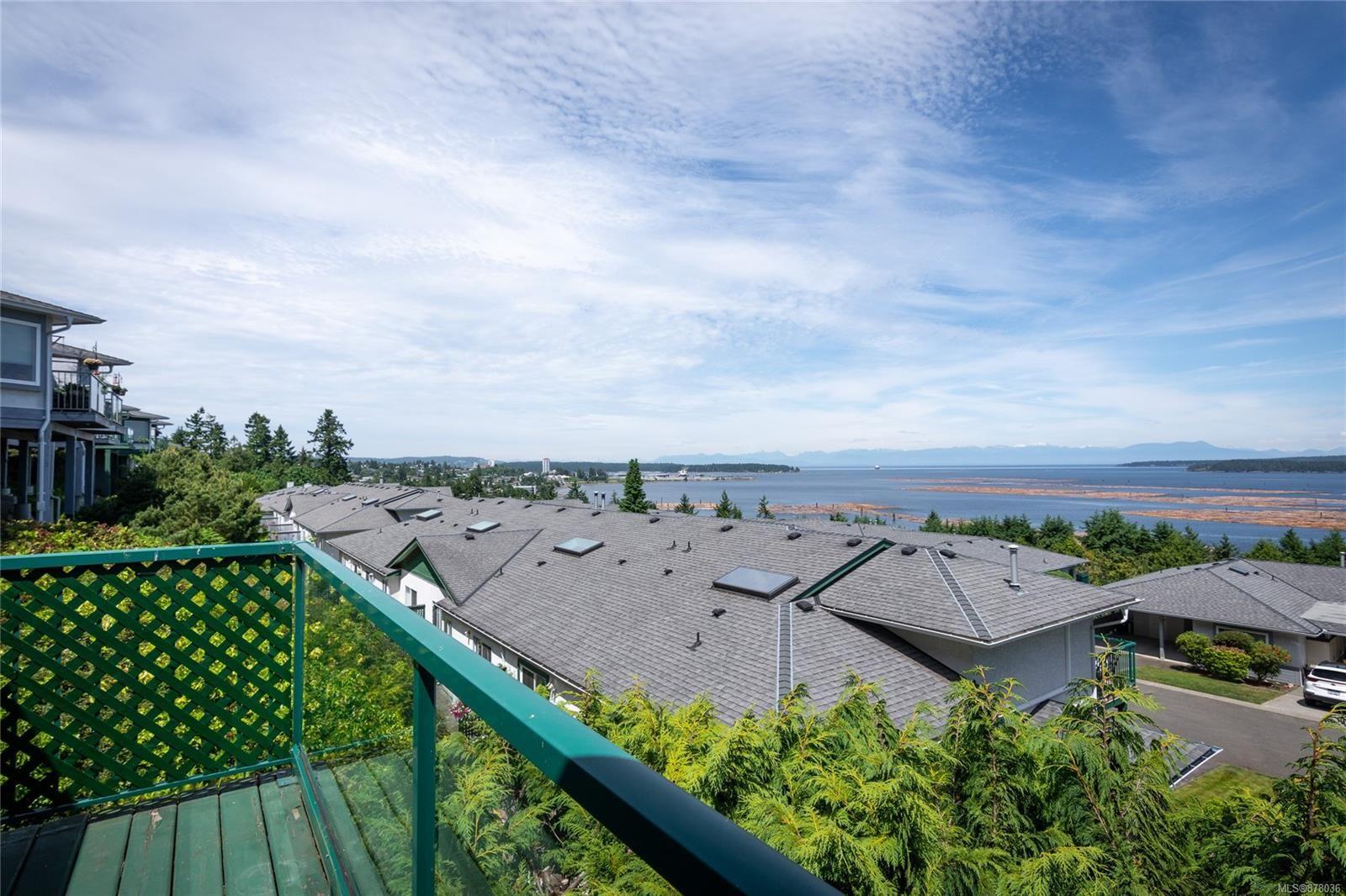 Main Photo: 1008 N Highview Terr in : Na South Nanaimo Row/Townhouse for sale (Nanaimo)  : MLS®# 878036