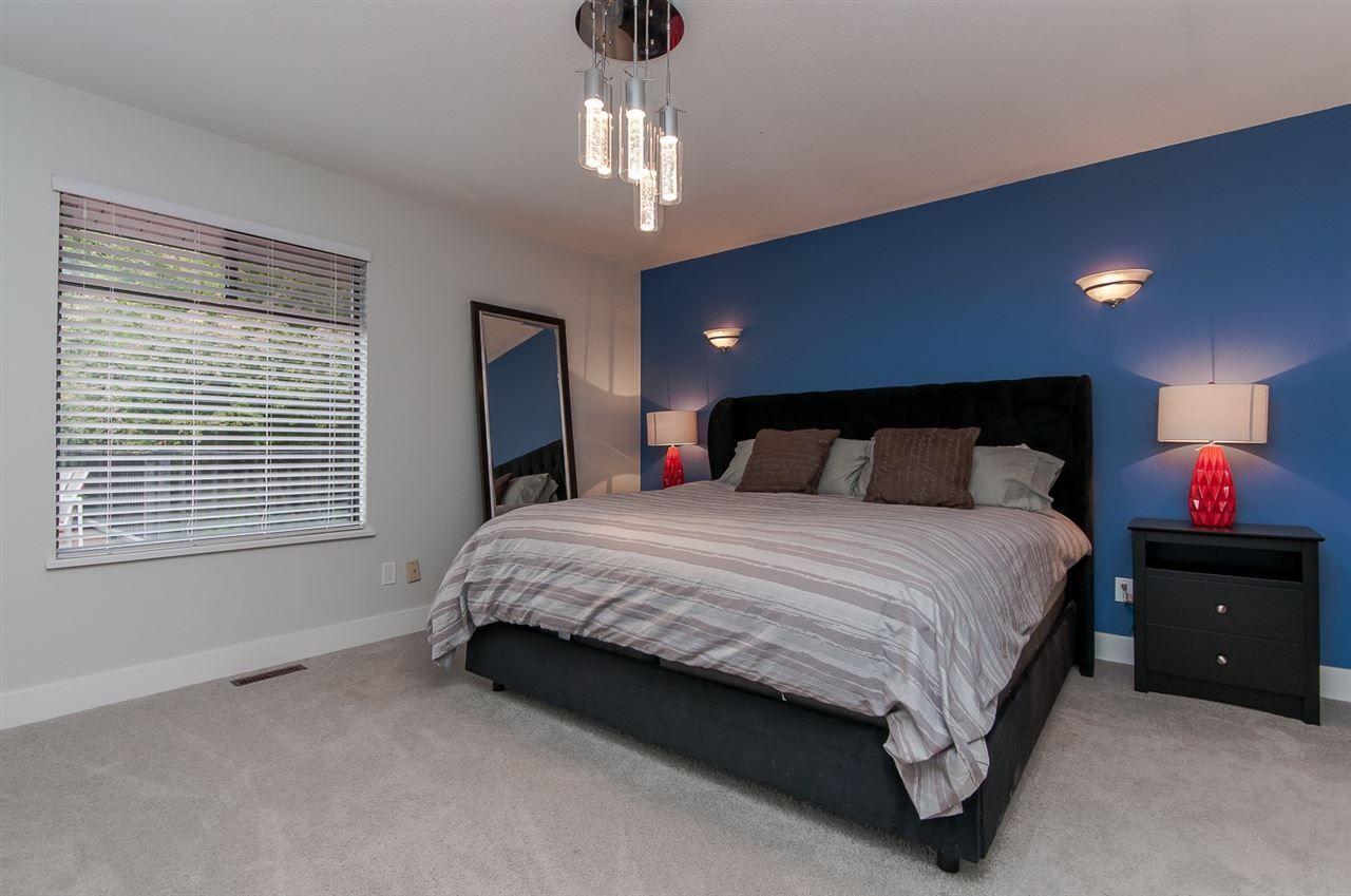 "Photo 12: Photos: 10626 FRASERGLEN Drive in Surrey: Fraser Heights House for sale in ""Fraser Glen"" (North Surrey)  : MLS®# R2002623"