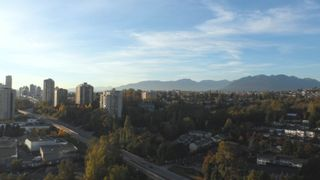 """Photo 16: 2701 5611 GORING Street in Burnaby: Central BN Condo for sale in """"LEGACY"""" (Burnaby North)  : MLS®# R2006786"""