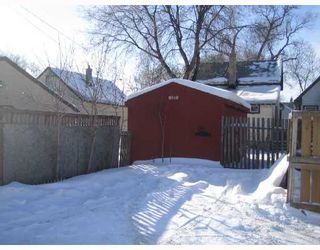 Photo 8: 1505 BANNATYNE Avenue West in WINNIPEG: Brooklands / Weston Residential for sale (West Winnipeg)  : MLS®# 2802121