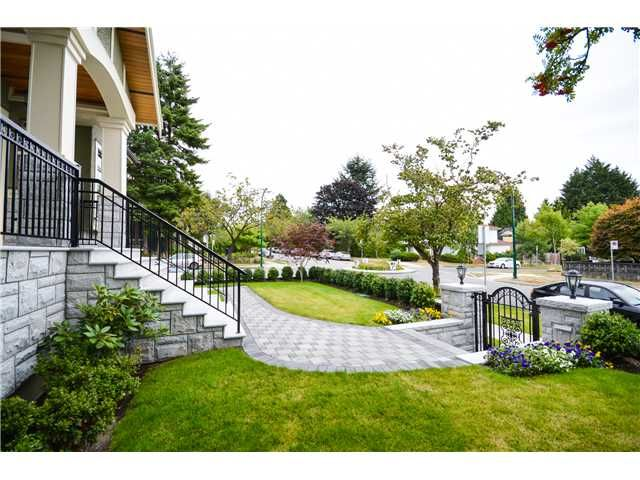 Photo 2: Photos: 2307 W 45th Ave in Vancouver: Kerrisdale House for sale (Vancouver West)