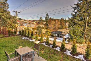 Photo 6: 942 Arngask Ave in VICTORIA: La Bear Mountain House for sale (Langford)  : MLS®# 806607