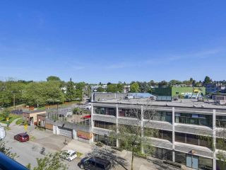 Photo 3: 415 2001 WALL Street in Vancouver: Hastings Condo for sale (Vancouver East)  : MLS®# R2268138