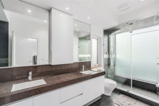 Photo 12: 2949 W 28TH AVENUE in Vancouver: MacKenzie Heights House for sale (Vancouver West)  : MLS®# R2447344