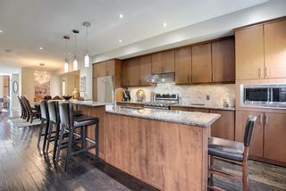 Photo 10: 2024 27 Avenue SW in Calgary: South Calgary Semi Detached for sale : MLS®# A1116777