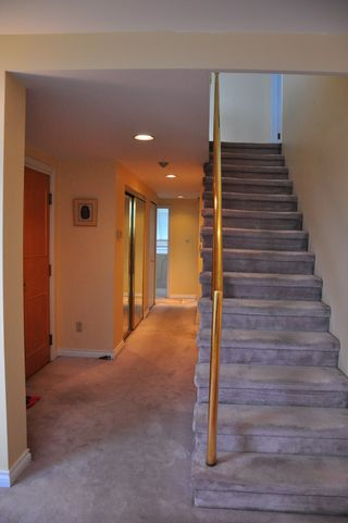 Photo 2: 7 5939 YEW Street in Vancouver: Kerrisdale Condo for sale (Vancouver West)  : MLS®# V1001376