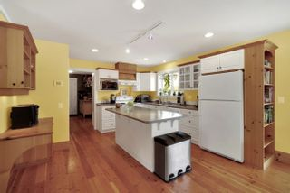 Photo 10: 31692 AMBERPOINT Place in Abbotsford: Abbotsford West House for sale : MLS®# R2609970