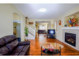Photo 2: 48 Taralake Way NE in Calgary: Taradale Detached for sale : MLS®# A1144376