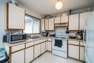 """Photo 14: 7862 ROCHESTER Crescent in Prince George: Lower College 1/2 Duplex for sale in """"COLLEGE HEIGHTS"""" (PG City South (Zone 74))  : MLS®# R2582216"""